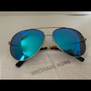 Aviator Micheal Kor's Sunglasses